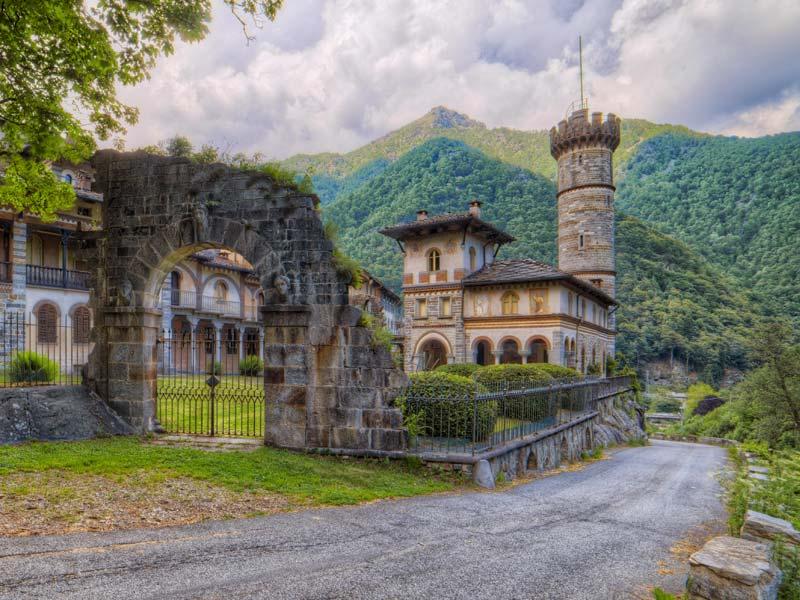 castello-di-rosazza-borgo-misterioso