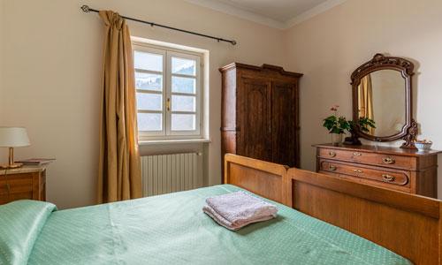 camera-doppia-matrimoniale-albergo-locanda-san-giovanni-andorno